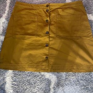 Old navy size 16 brown button accent skirt